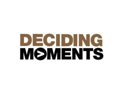 Deciding moments logo