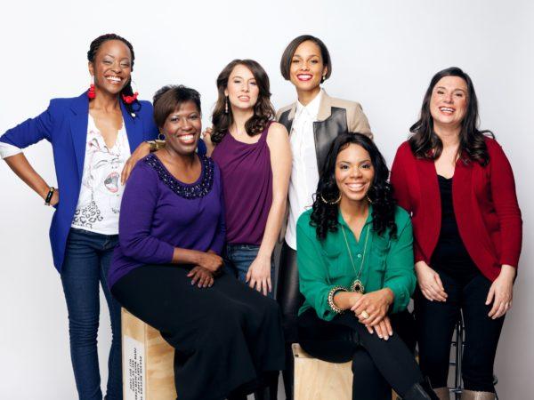 6 women smiling