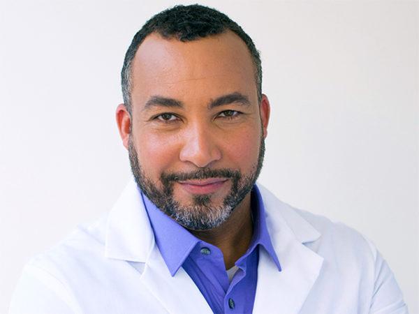 Dr. Leandro Mena 1