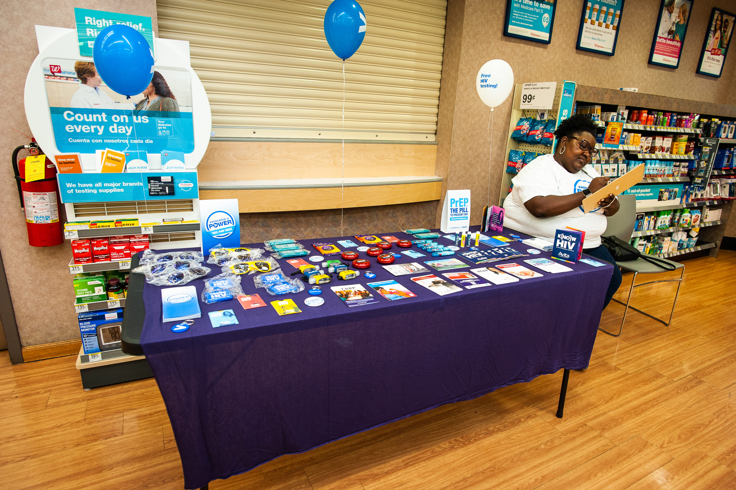 Table with HIV information pamphlets